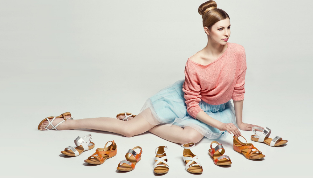 Este momentul perfect pentru cumpara sandale avarca.